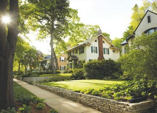 Photo of homes in Highland Park
